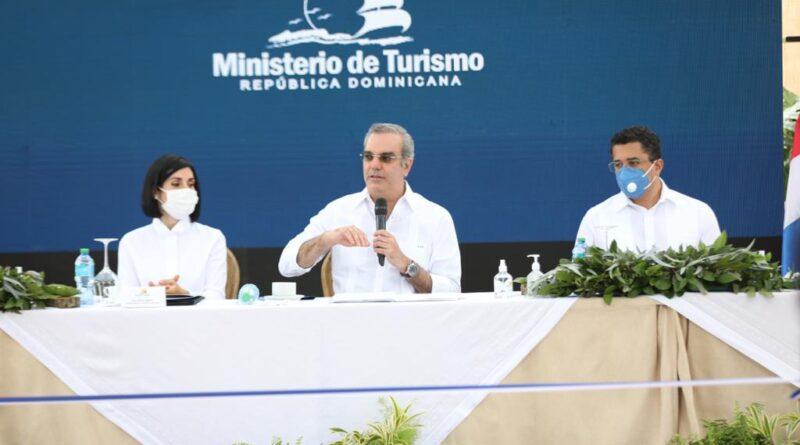 Gobierno inaugura rehabilitación de la carretera El Limón