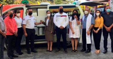 Grupo Rizek y Parval Puesto de Bolsa reciben reconocimiento por labor social