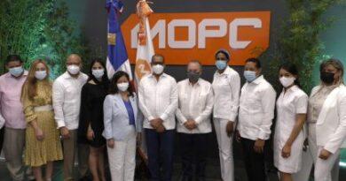 Rainieri valora apertura de oficina de tramitación de planos en Punta Cana
