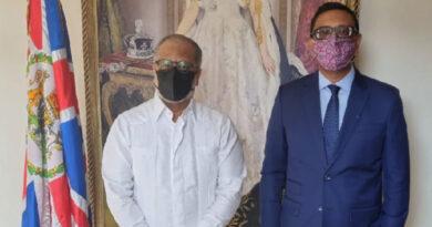 Embajador británico recibe visita del presidente de la JAC