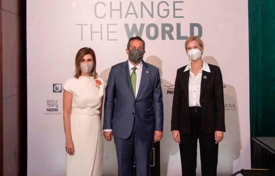 Revista Mercado realiza con éxito el Foro Change The World, llave del nuevo mundo