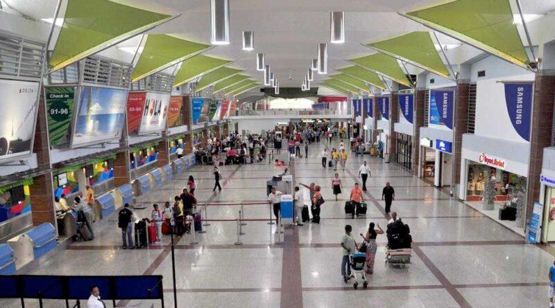 Más de 600,000 pasajeros se movilizaron en aeropuertos del país en marzo, la cifra más alta este año