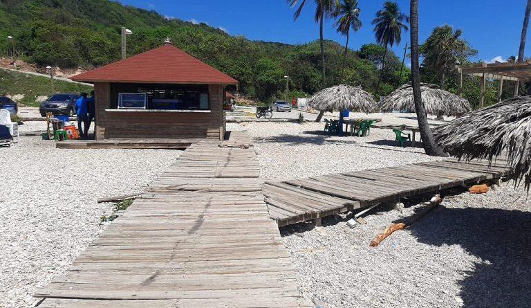 Turismo intervendrá playa El Quemaito y el balneario Los Patos