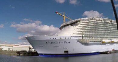 Royal Caribbean amplía suspensión de salidas desde EE.UU