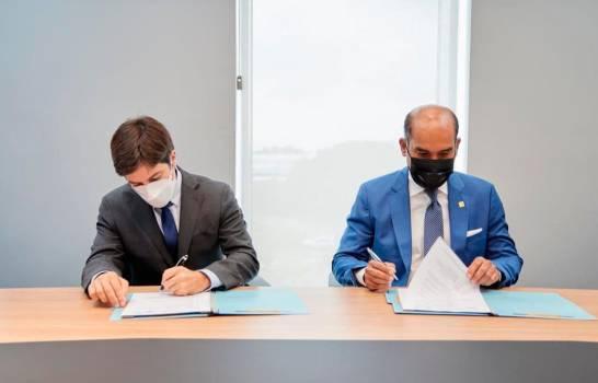 Seguros Reservas y el CEMDOE firman acuerdo de colaboración