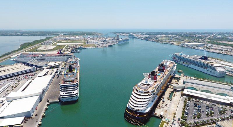 EE. UU.: Port Canaveral empieza vacunación para portuarios y tripulantes