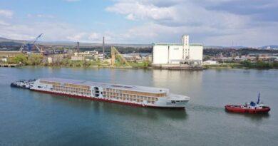 Casco de nuevo crucero fluvial Concordia Damen es completado
