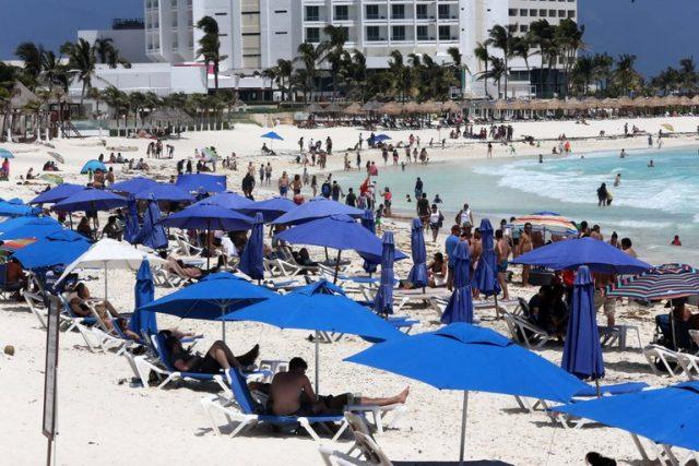 Cancún: solo 600 de 7 mil hoteles autorizados para ocupar el 70%