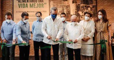 Supermercados Nacional inaugura sucursal Metro Plaza
