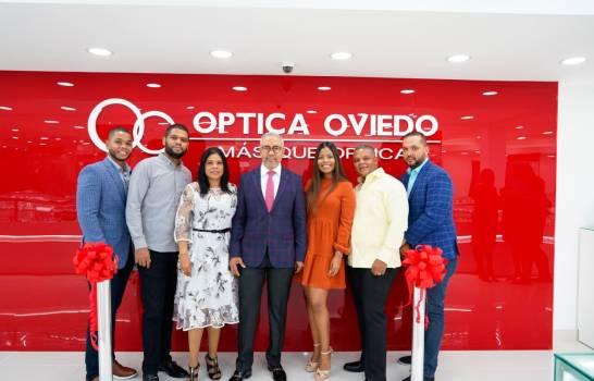 Óptica Oviedo inaugura sucursal en la avenida Rómulo Betancourt