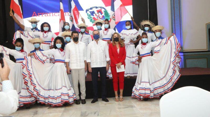 Presidente Abinader garantiza que el turismo y República Dominicana saldrán más fuertes de la pandemia