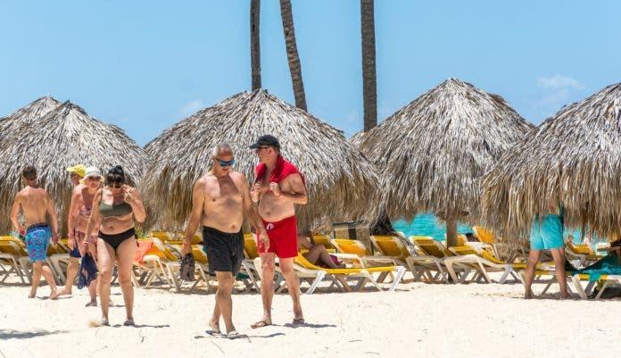 Autoridades esperan recuperación turismo en más del 50 % para julio