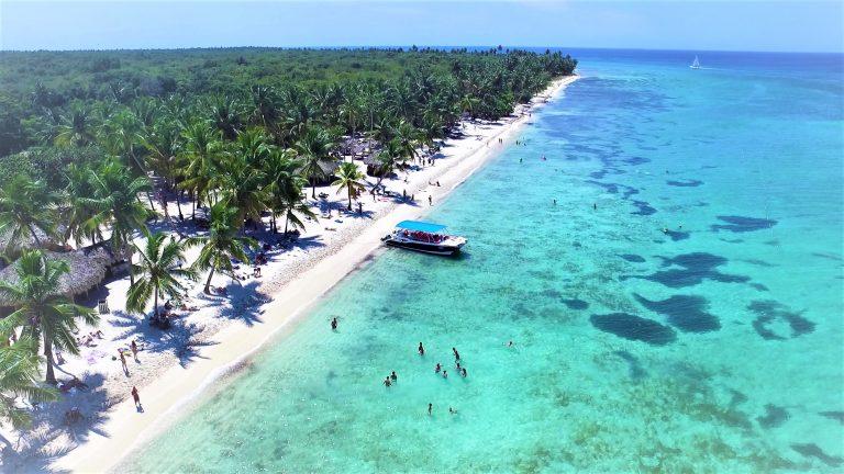 El CEPM guía la apuesta por la energía renovable en el turismo dominicano