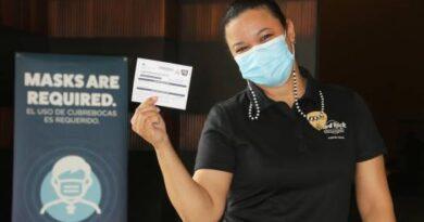 Colaboradores de Hard Rock Hotel & Casino Punta Cana reciben vacuna contra COVID-19