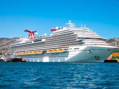 Carnival Cruise presenta planes de vacunación para regreso de cruceros en agosto