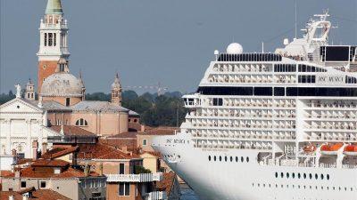 Decretan cierre de Venecia a grandes cruceros sin establecer puerto alternativo