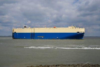 Dos nuevos car carrier en el horizonte de los puertos del Bio Bio