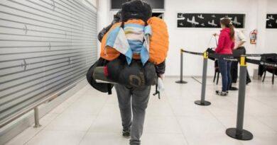 Varados inician acciones judiciales contra aéreas y gobiernoargentino