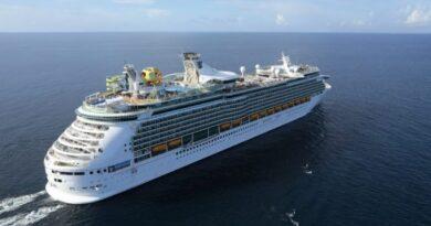 Royal Caribbean exigirá test negativo a pasajeros vacunados