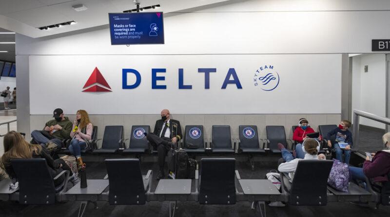 Delta Airlines sancionará con 170 euros a los empleados que no se vacunen contra el Covid-19