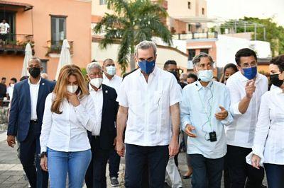 Presidente Luis Abinader supervisa trabajos en la Ciudad Colonial
