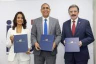 Indotel firma contratos de concesión con empresas de telecomunicaciones; inversiones ascenderían a más de US$115 millones