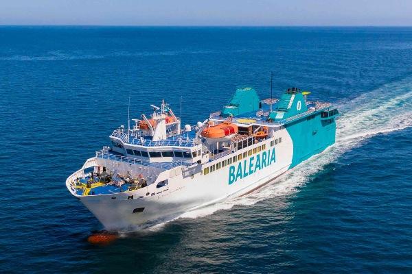 Baleària celebra con concursos 15 años en Ceuta y cifra en 12 millones los pasajeros transportados