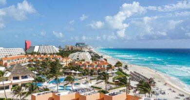 Cancún pierde 100 mil empleos de los 500 mil del sector turístico