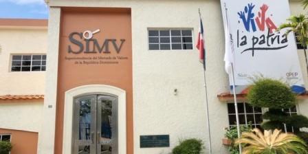 AAyP y SIMV quedan fuera de comisión que revisa la Ley de Fideicomiso 189-11